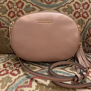 Michael Kors Ginny crossbody in Fawn